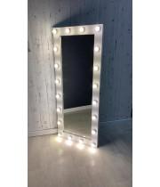 Гримерное зеркало с лампочками белое 180х80 из лдсп под дерево